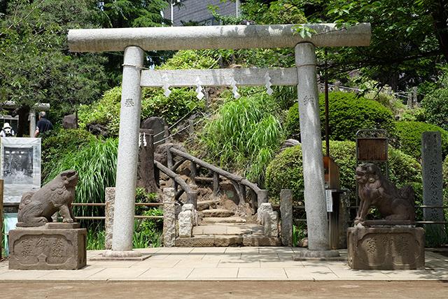 鳩森八幡神社写真