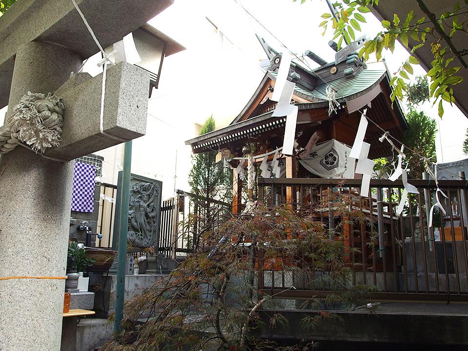 白山神社(横浜市神奈川区浦島町)