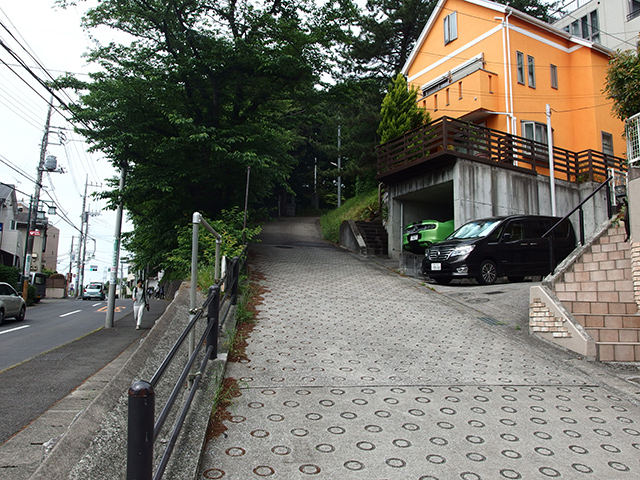 長津田上宿常夜燈写真