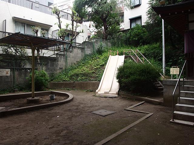 出世稲荷神社(春日稲荷神社)写真