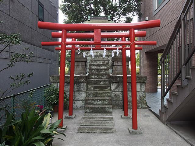 銀太郎稲荷神社(東神奈川)