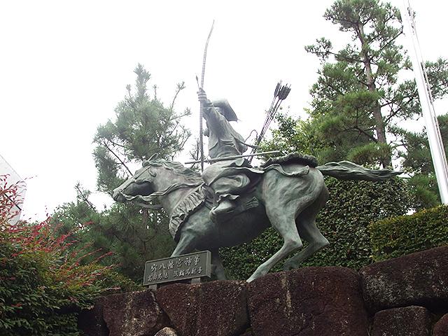 穴八幡宮写真