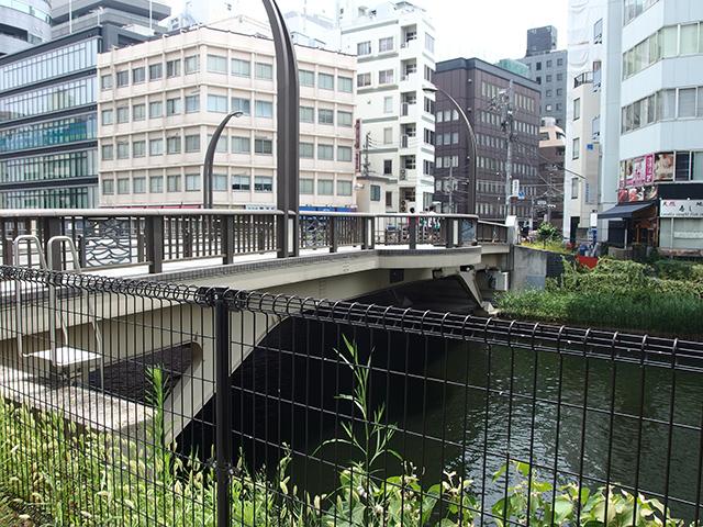 純子稲荷神社写真