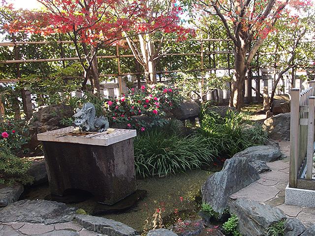 厳島神社(抜弁天)写真