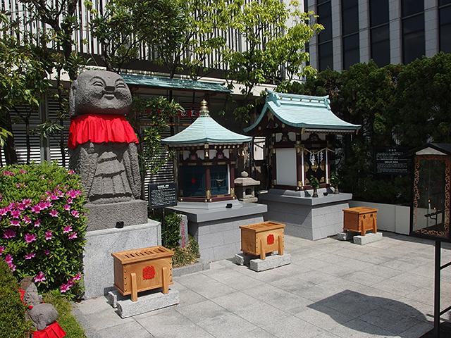 三囲神社銀座摂社写真