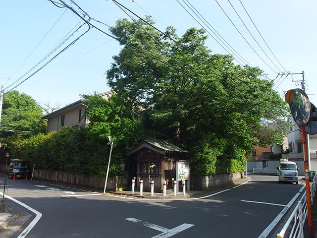 馬頭観音堂(名馬池月の墓)写真