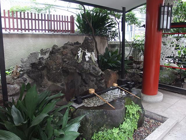 三崎稲荷神社写真
