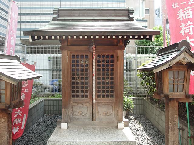 次郎左衛門稲荷神社写真