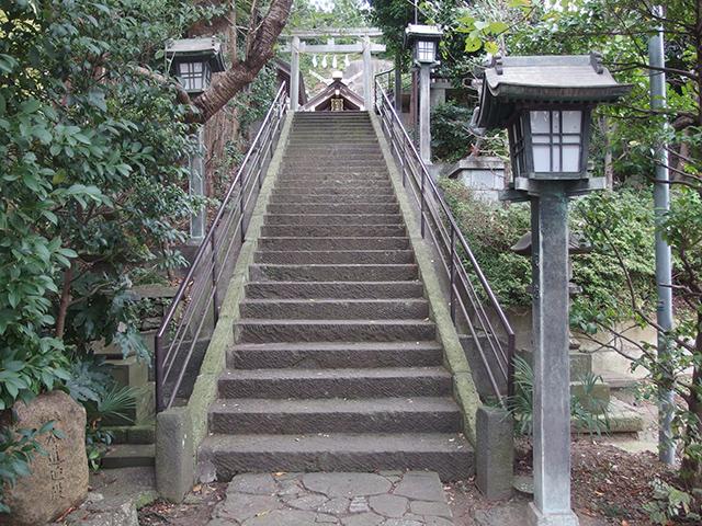 新羽杉山神社写真