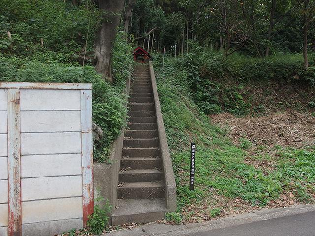 稲荷社(横浜市港北区新吉田町)写真