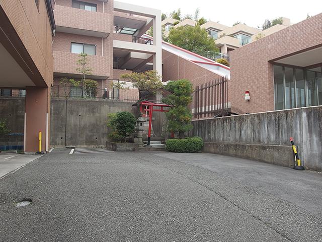 稲荷神社(川崎市高津区久地)写真