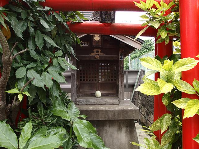 伏見稲荷社(八王子市八木町)写真