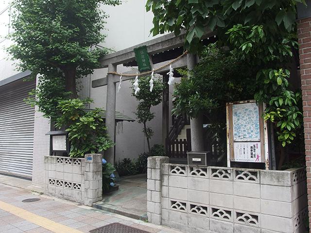 駒形諏訪神社写真