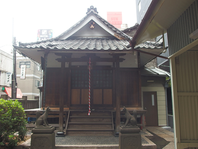 感應稲荷神社(西浅草)写真