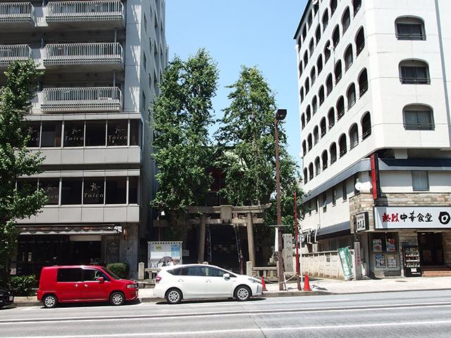 誕生八幡神社写真