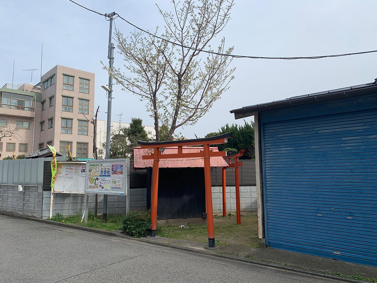 稲荷神社(川崎市幸区下平間)