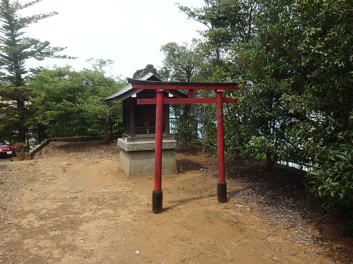 羽沢稲荷神社