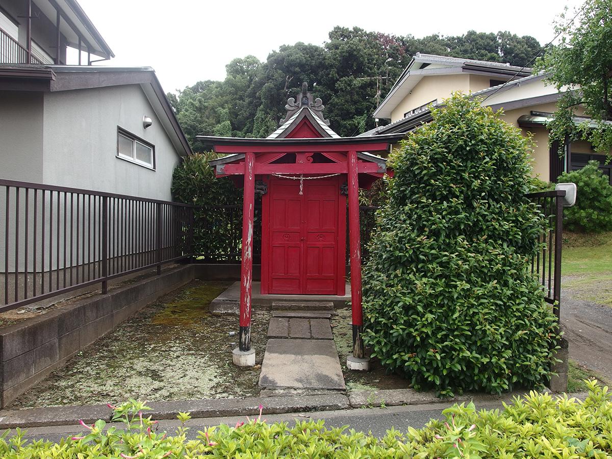 稲荷神社(横浜市鶴見区駒岡3-7-21)