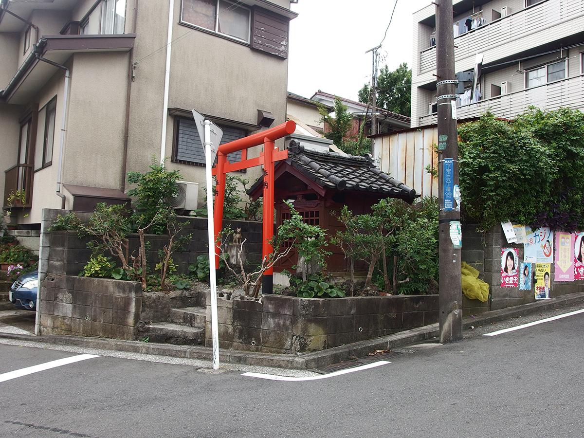 稲荷社(横浜市鶴見区下末吉6)