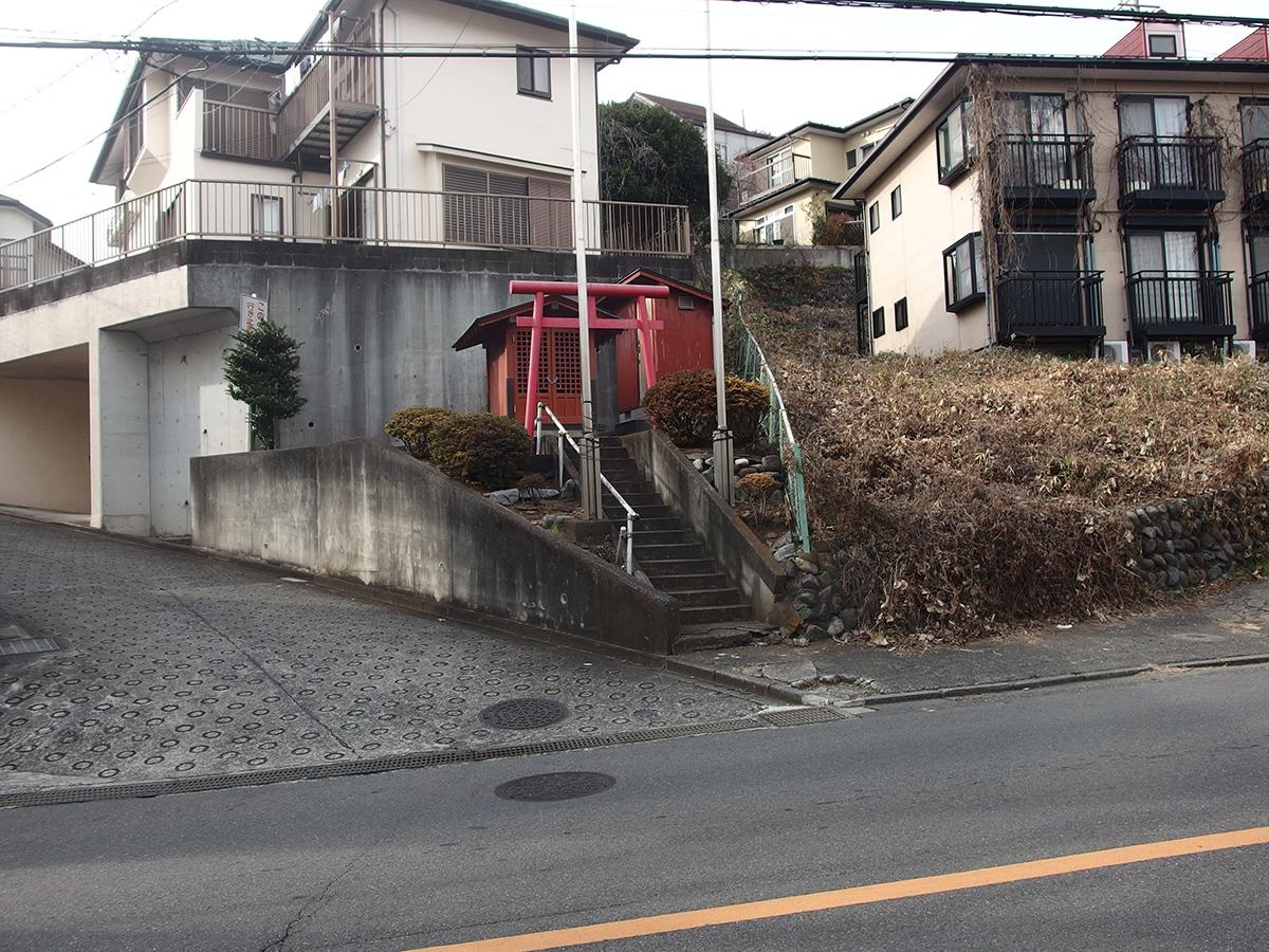 稲荷神社(町田市高ヶ坂2)