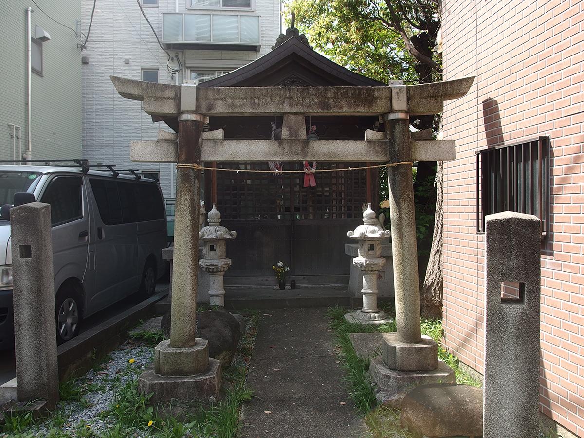 稲荷神社(川崎市中原区市ノ坪218-1)
