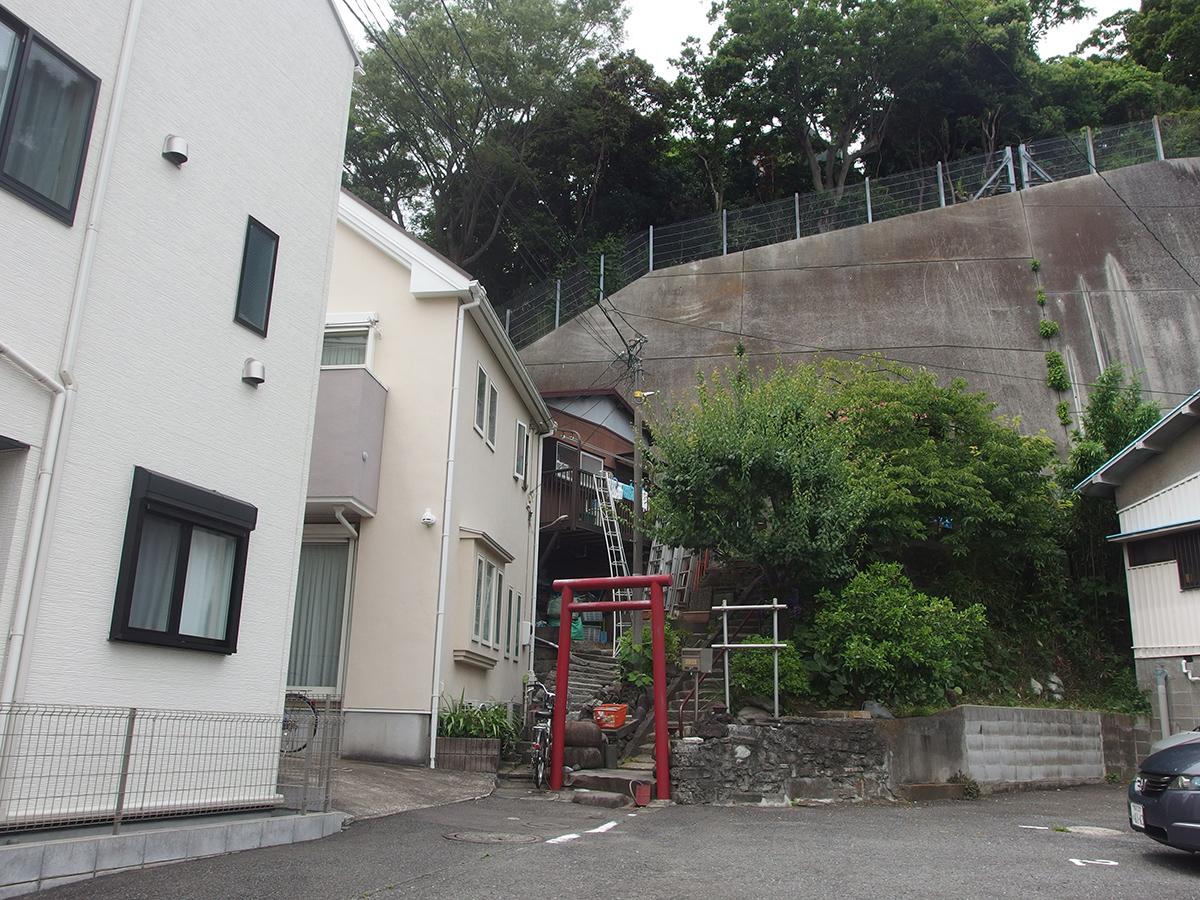 御獄神社(横浜市中区根岸町2丁目)