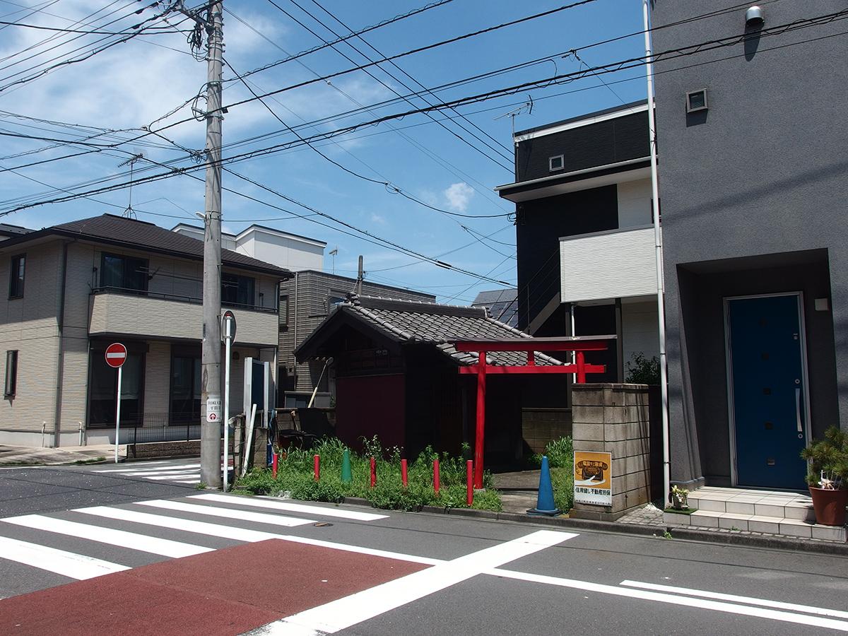 稲荷神社(川崎市川崎区観音2-13-5)